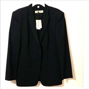 Burberry's Women's Blazer -2 Button- Black-Size 18